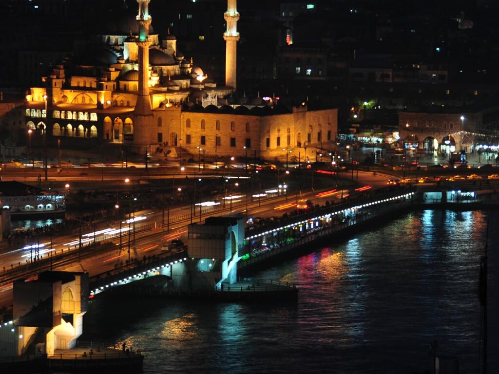 http://www.viagemdeultimahora.com/wp-content/uploads/2011/12/Istambul.jpg