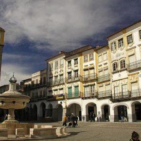 Évora Praça do Giraldo